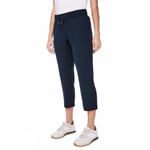 Lululemon On The Fly Pant Crop Navy Woven Sz 12